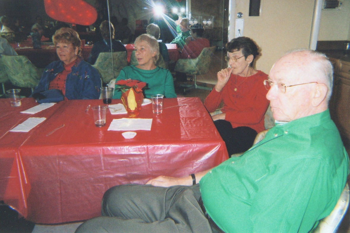 Fern, Iris, Dee and Bob Watch the Presents Fly