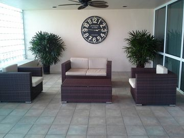 Front Entry Seating Area
